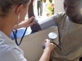 Visites médicales à l'école de Lovisa Kopé