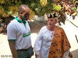 Dr Michel Kodom en compagnie de la reine Mawulolo.