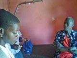Adeline, Daniel et un habitant du village.